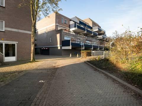 Doornenburg 73