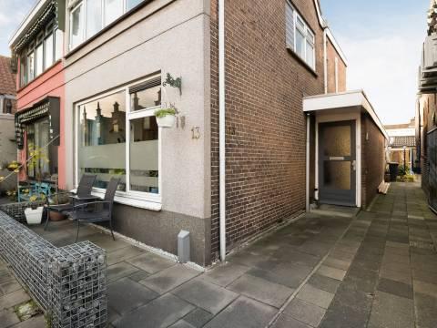 Komatistraat 13